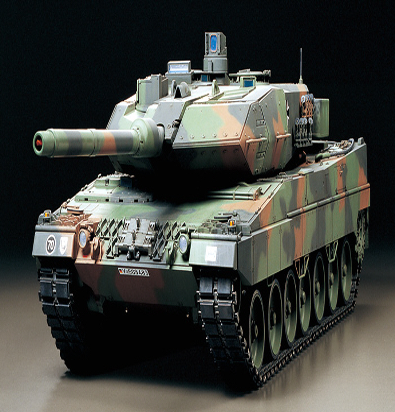[56020] RC Leopard 2 A6 - Full Option Kit 1/16